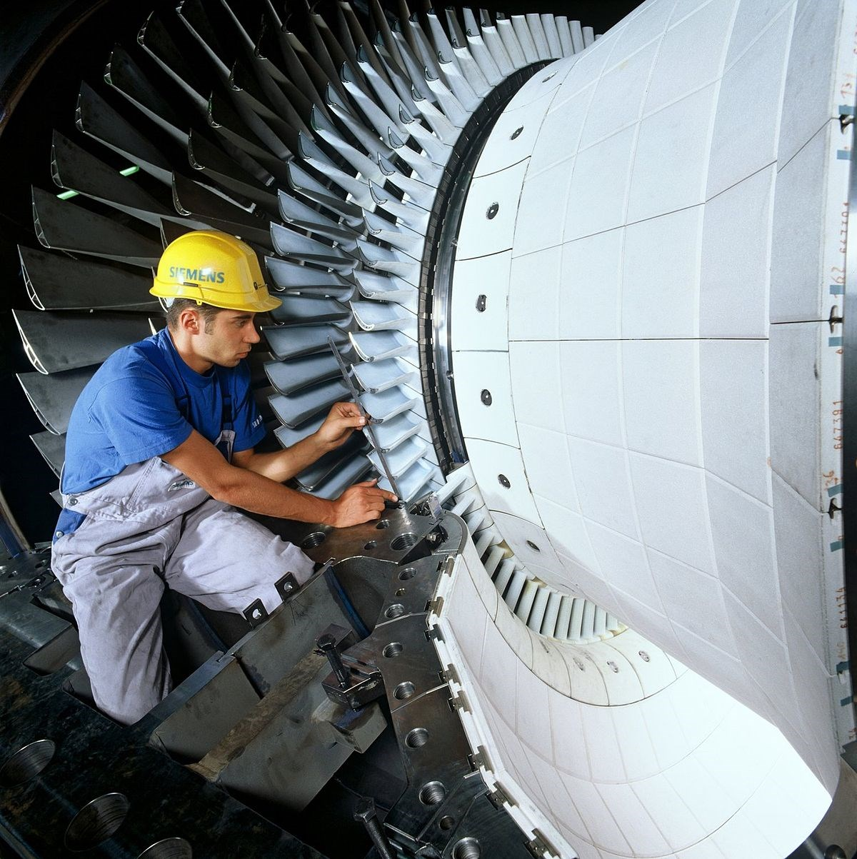 Siemens introduces 38-MW aeroderivative gas turbine for oil