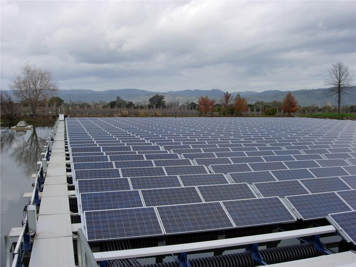 Kelebihan Kekurangan Innova Solar Perbandingan Harga