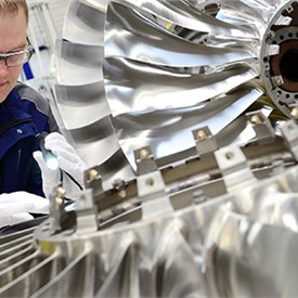 Rolls-Royce Unveils New Pearl Engine Family Member for Business Aviation